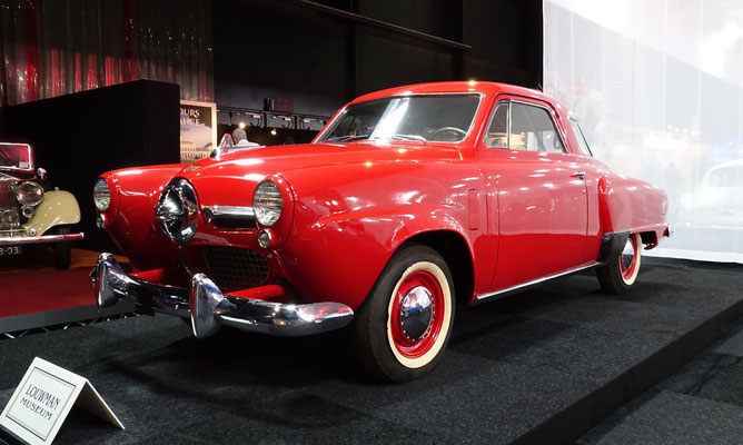 Studebaker Champion Starlight Coupe uit 1950. (Interclassics Maastricht 2020)