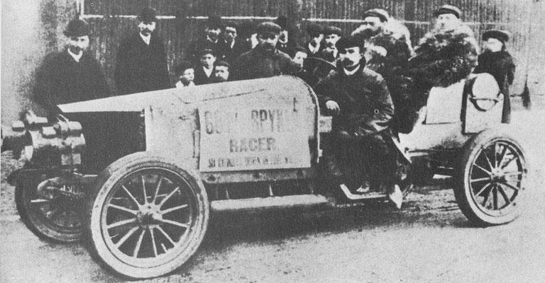 Spyker met vierwielaandrijving uit 1903.