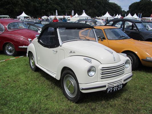 Een Fiat 500 C uit 1954.