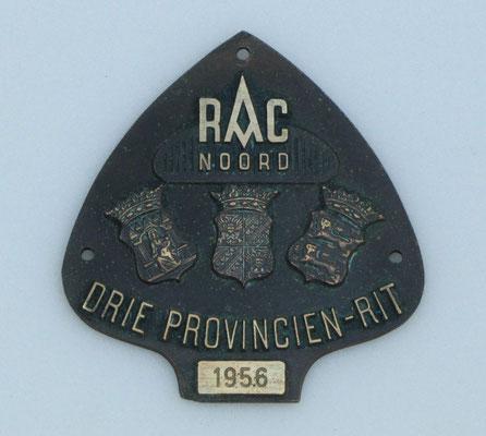 Embleem van de Drie Provinciën-rit in 1956 van R.A.C. Noord.