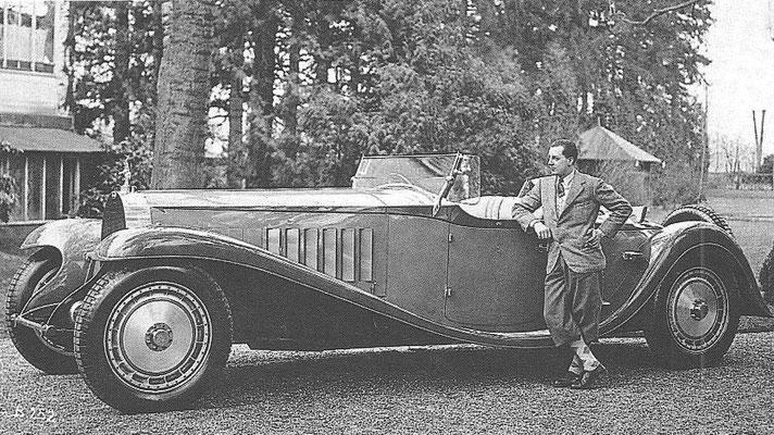 Bugatti Royale, Jean Bugatti poseert hier bij de auto waarvan de carrosserie door hem was ontworpen.