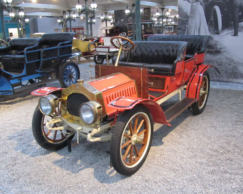 De Dion Bouton Double Phaeton Type AW uit 1908 (Collection Schlumpf).