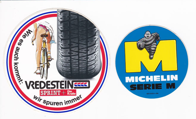 Stickers van Vredestein en Michelin.