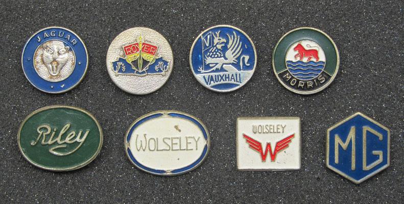 Jaguar, Rover, Vauxhall, Morris, Riley, Wolseley en MG speldjes.