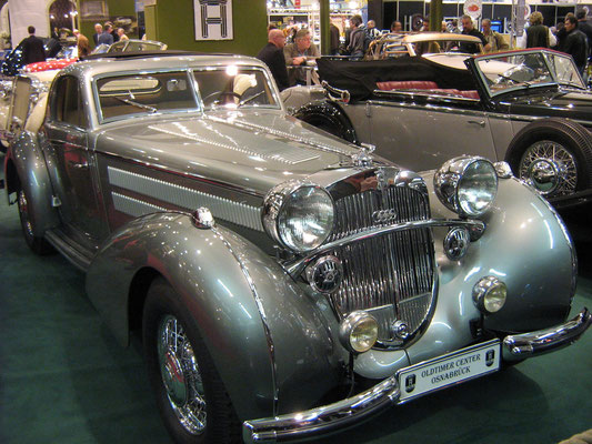 Horch. (Techno Classica 2011 in Essen)