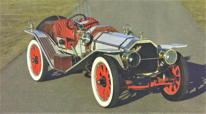 Peerless 45-HP Model 32 11 litres Raceabout uit 1911, te zien in het Louwman Museum in Den Haag.