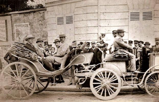 Albert de Dion werd eerste met een De Dion Bouton stoomvoertuig in de betrouwbaarheidsrit Paris-Rouen in 1894 (foto collection Jules Beau)