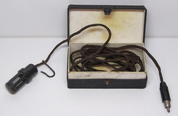 Een pechlamp gefabriceerd door Philips voor Ford.