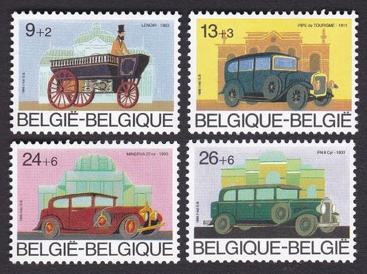 Postzegels België uit 1986 met Belgische auto's.