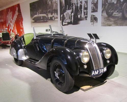 BMW 328 uit 1938. (Louwman museum in Den Haag)