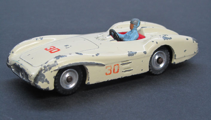Mercedes Benz Racing Car (Dinky Toys nr. 237, 1958-1964).