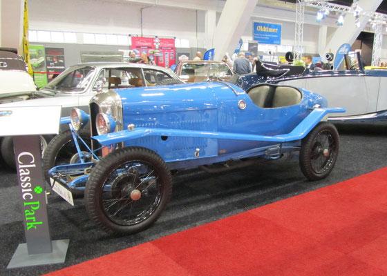 Amilcar CGS Boattail uit 1925 met een carrosserie van Ch. Duval. (Interclassics Brussels 2018)
