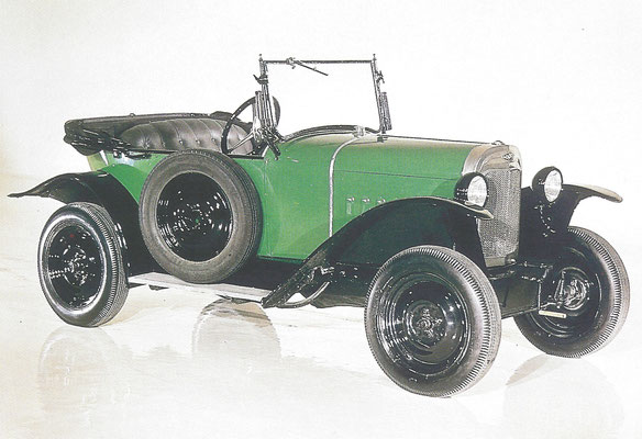 Een Opel Laubfrosch 4 12 PS (1924-1930).