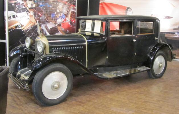 Voisin C11 uit 1928 met een carrosserie van Vanvooren. (Techno Classica 2018 in Essen)