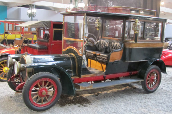 Delaunay-Belleville Bus Hotel Type F6 uit 1909 (Collection Schlumpf).