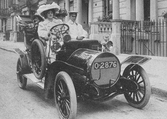 Een Spyker uit ~1907.