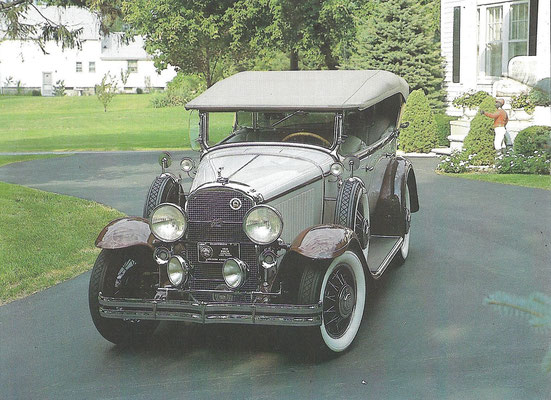 Een Buick Series 40 Phaeton uit 1930.