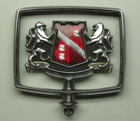 Een motorkap ornament.