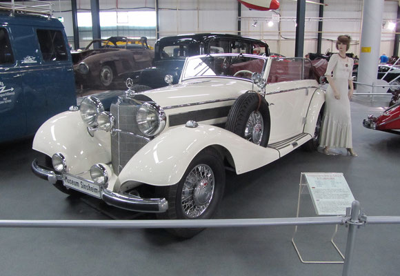 Mercedes Benz 540 K B-Cabriolet uit 1939. (Technik Museum Sinsheim)