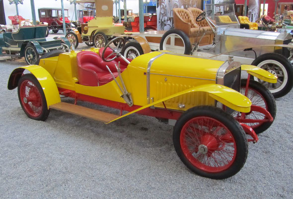 Hispano-Suiza Biplace Sport Type Alphonse XIII uit 1912 (Collection Schlumpf).