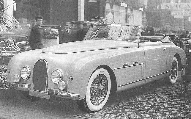 Een Bugatti Type 101 met een carrosserie van Gangloff op de Autosalon van Parijs in 1951, het laatste model.