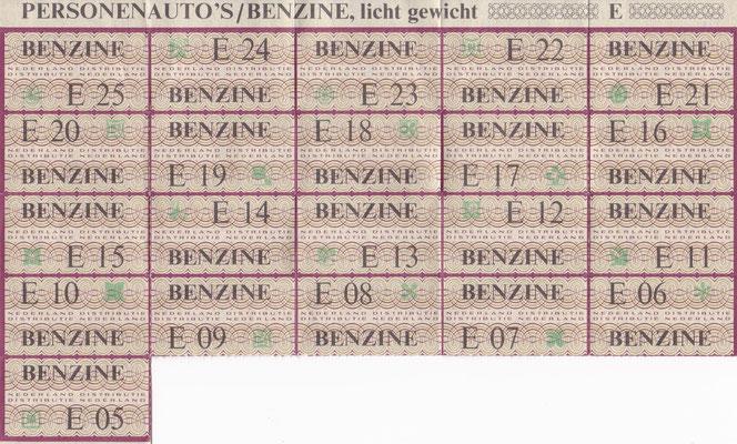 Op 4 november 1973 stelde de Nederlandse regering autoloze zondagen in vanwege  de oliecrisis. De benzine zou op de bon komen maar tot een daadwerklijke uitvoering hiervan is het niet gekomen.