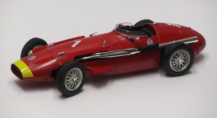 Maserati 250 F (Jean Manuel Fiango, 1954), Polistil / Tonka, schaal 1:16.