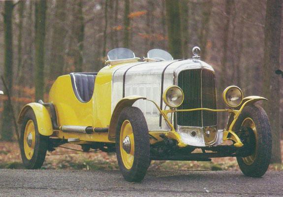 Imperia 6CV uit 1930 met een aangepaste roadster carrosserie.