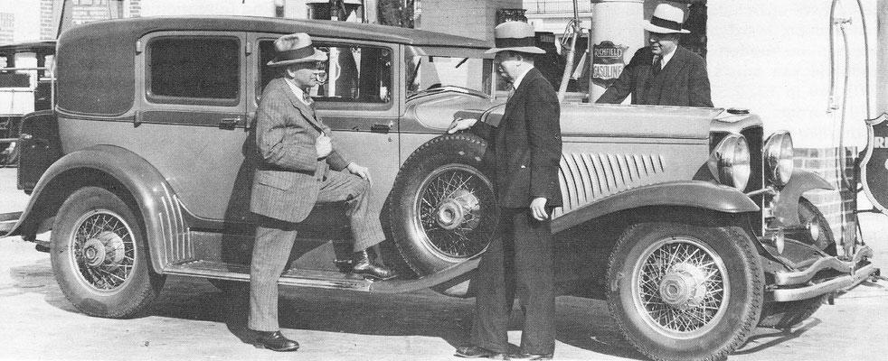 Duesenberg type J uit 1929 met een 6,9 liter motor.