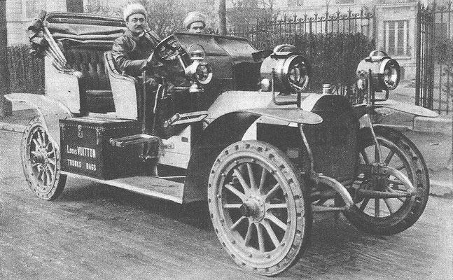 Godard deed met deze Motobloc mee aan de wedstrijd New York-Parijs in 1908.