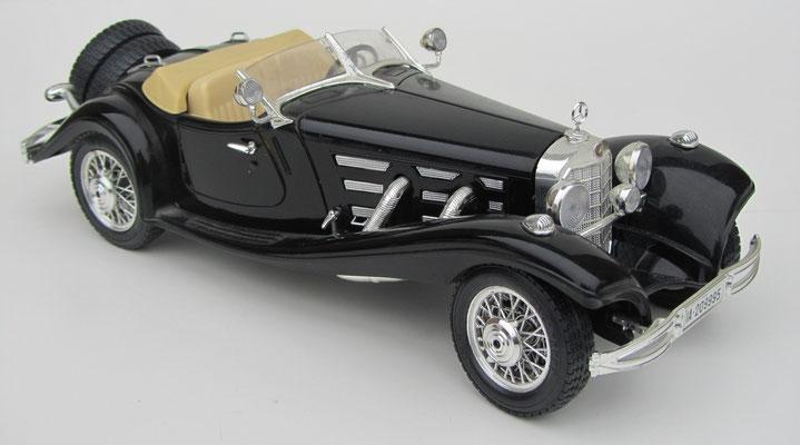 Mercedes 500K Roadstar, 1936, Burago, schaal 1:20.