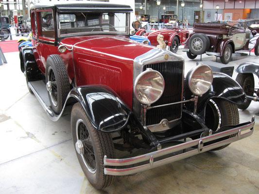 Een Minerva uit 1930 met een aluminium koetswerk van Le Baron.