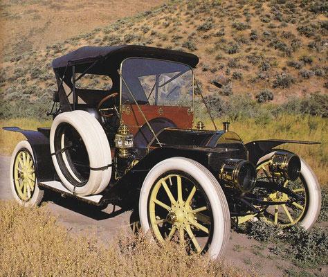 Pierce Arrow Runnabout uit 1909.