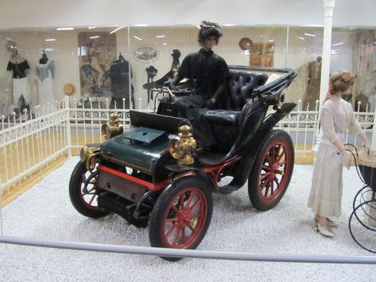Mors Kettenwagen uit 1898. (Technik Museum Sinsheim)