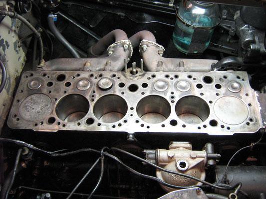 Motorblok zonder cilinderkop.