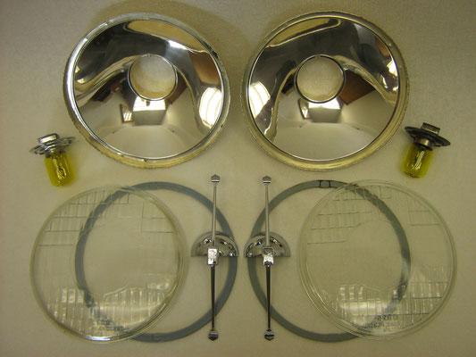 Gereinigd en reflectoren voorzien van een nieuwe zilverlaag.