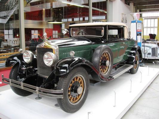 Een Minerva uit 1929 met een carrosserie van Verhaest uit Deinze.