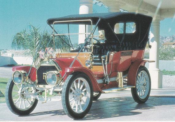 REO The Fifth, gebouwd van 1910 tm 1912, kon wedijveren met de T-Ford. Vanwege de lopende band bij Ford werd REO al snel uit de markt gedrukt.