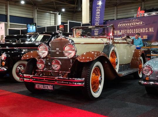 Cadillac 341 Convertible Coupé V8 uit 1928. (Interclassics Maastricht 2020)