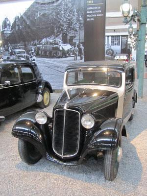 Adler Coach Type Trumpf Junior uit 1936 (Collection Schlumpf).