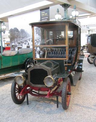 De Dion-Bouton Coupé-Chauffeur Type BS uit 1909 (Collection Schlumpf).