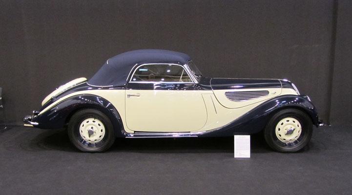 BMW 327/28 Sport Cabriolet uit 1939. (Techno Classica Essen 2019)