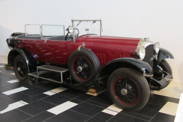 Spyker C4 Standard Torpedo Cabriolet 1924. (Louwman Museum in Den Haag)
