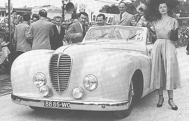 Een Delahaye met een koetswerk van Carrosserie Pourtout op een concours d'élégance in 1949.