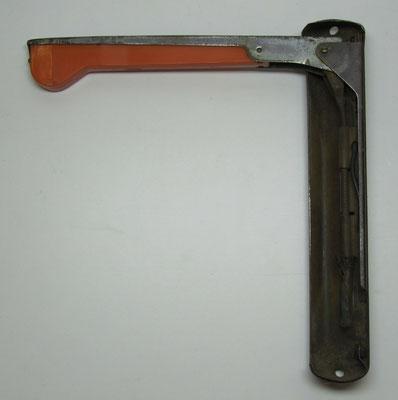Mechanisch bediende richtingaanwijzer arm (via een staalkabeltje).