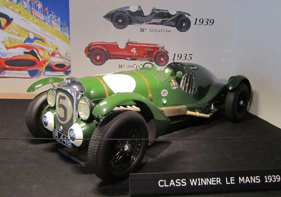 Lagonda V12, winnaar Le Mans in 1939. (Louwman Museum in Den Haag)