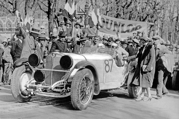 Rudolf Caracciola won in 1931 de legendarische Mille Miglia in een Mercedes-Benz SSKL. Hij was de eerste niet-Italiaan die deze slopende wegrace in Italië won.