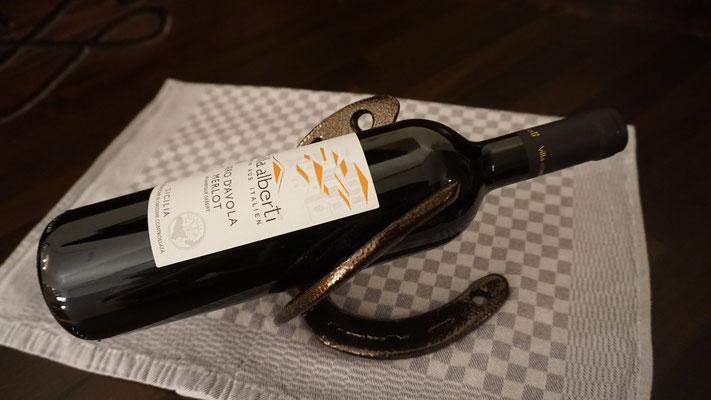 Hufeisen-Weinflaschenhalter