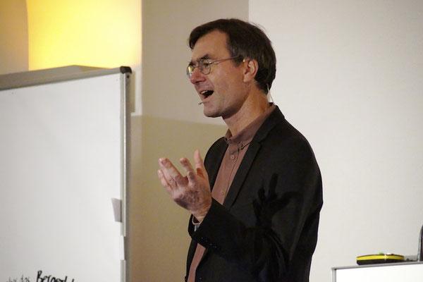 Dr. Stefan Klein