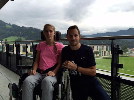 Kira mit Stabhochsprung-Weltrekordhalter, Renaud_Lavillenie. Foto: Tom Sports Consulting
